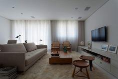 Diseño de Interiores & Arquitectura: Apartamento Elegante y Bien Planificado en Brasil.