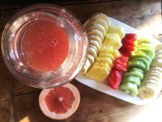 Jugo de Pomelo Hurom y Frutas