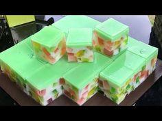 Resep Kreasi Puding Mozaik / Enak kenyal kenyil dan segar banget #HOBIMASAK - YouTube Agar Agar Jelly, Restaurant Dishes, Pudding Recipes, Gelatin, Jello, Food Videos, Sweet Recipes, Yummy Food, Treats