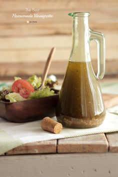 The BEST homemade vinaigrette salad dressing recipe. Only real ingredients make this homemade vinaigrette salad dressing recipe. Vinaigrette Salad Dressing, Red Wine Vinaigrette, Salad Dressing Recipes, Salad Recipes, Salad Vinegrette, Avacado Dressing, Balsamic Dressing, Real Food Recipes, Appetizers