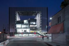 Emerson College in Los Angeles by Morphosis