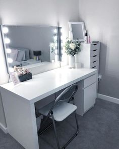 Just in need of a new chair, a picture in the frame and some new makeup! So happy with the end result. Hope you all had a lovely Monday❤️ White Room Decor, Grey Bedroom Decor, Room Design Bedroom, Bedroom Decor For Teen Girls, Stylish Bedroom, Room Ideas Bedroom, Home Room Design, Teen Bedroom Desk, Bedroom Inspo