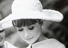 """Audrey Hepburn, """"Paris When It Sizzles"""""""