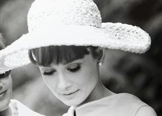 "Audrey Hepburn, ""Paris When It Sizzles"""