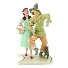 DORTHY AND SCARECROW IN WIZARD OF OZ