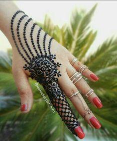 Mehndi is something that every girl want. Arabic mehndi design is another beautiful mehndi design. We will show Arabic Mehndi Designs. Henna Hand Designs, Mehndi Designs Finger, Henna Tattoo Designs Simple, Latest Henna Designs, Basic Mehndi Designs, Mehndi Designs For Beginners, Mehndi Designs For Girls, Mehndi Design Photos, Wedding Mehndi Designs