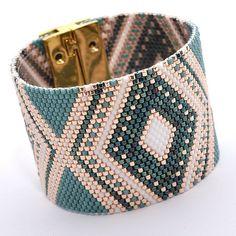 Nouvelle #manchette dispo sur la boutique! #bracelet #handmade…