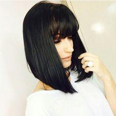 Pra inspirar o nosso domingo, a blogueira mato-grossense @janainasabrina e seu cabelo de propaganda de shampoo!