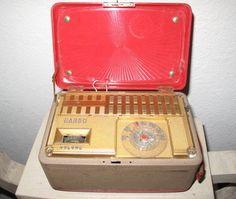 Vintage 1940's GAROD 4A1 Portable Radio. $50.00, via Etsy.