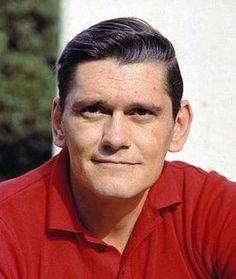Dick York (9/4/28 - 2/20/92) American actor. He is best remembered for his role as the first Darrin Stephens on the ABC television fantasy sitcom Bewitched.