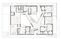 Gallery of Secret House / AGi Architects - 13