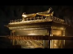 Ark Of The Covenant Found! Amazing Claim!RON WYATT FOUND THE ARK OF THE COVENANT, HAD PRIOR FOUND NOAH'S ARK, PHARAOH'S CHARIOTS IN THE SEA WHERE GOD PARTED THE WATERS FOR MOSES AND THE ISRAELITES TO PASS THOUGH. http://youtu.be/ZZuUVeya5EU?list=PLkCTP872qR8eWH46LPISlC4GsSZq4cIOW