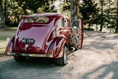Vintage get-away car | Image by Zoe Morley Photography