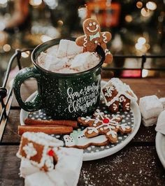 merry christmas 106 days till Christmas Q:Gingerbread or marshmallows ~ Thank you so much for ~ PHOTO CREDITS Days Till Christmas, Christmas Mood, Noel Christmas, Merry Little Christmas, Christmas Cookies, Christmas Coffee, Christmas Hot Chocolate, Christmas Gingerbread, Christmas Morning