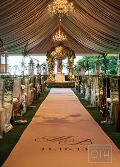The details of this tent wedding ceremony are breathtaking!
