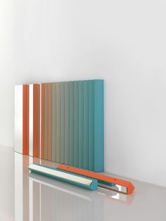Zig Zag mirror by MUT Design Studio. Simultaneous views of the same object. #product
