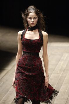 Alexander McQueen - Paris Fashion Week Fall, 2006