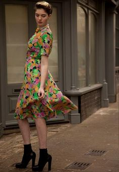 Vintage Rose And Hubble 80s do 40s Neon Floral Dress