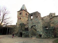 Frankenstein Castle (Burg Frankenstein) (1252). Mühltal, Germany. 2015