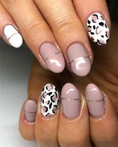 Fall Nail Designs - Looking for Diy fall nails idea too? We have gathered up 40 fall nail design ideas. You are going to absolutely love these Fall Nail Designs and most of them are so simple to make! Source by soflymeweb Ideas fall Fancy Nails, Pretty Nails, Nail Art Cute, Easy Diy Nail Art, Leopard Nail Art, Leopard Nail Designs, Neutral Nail Designs, Leopard Print Nails, Gel Nagel Design