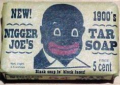 Publicidad racista...No hay que olvidar, que hubo una época en que el tema racial fue utilizado infame e impunemente en la publicidad, época en la que lamentablemente era imposible objetar, puesto que no todos los ciudadanos eran iguales ante la ley.
