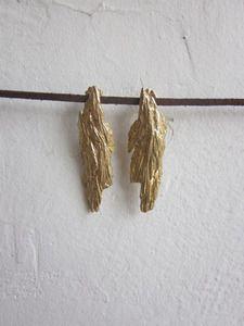 gold cast shale stud earrings