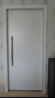 1000 images about portas on pinterest ems madeira and for Portas de apartamentos modernas