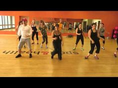 'Shake It Off' by Taylor Swift Zumba with Robin G - YouTube