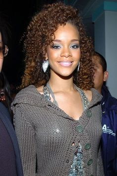 Rihanna is a goddess. She is outspoken, sartorially iconic, and unquestionably gorgeous. See her massive transformation over the past decade. Young Rihanna, Best Of Rihanna, Rihanna Riri, Rihanna Style, Beyonce, Rihanna Baby, Rihanna Dress, Saint Michael, Rihanna Curly Hair