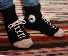 Converse socks...I need to learn how to do this!!