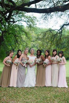 Absolutely adore the bridesmaids dress color theme! #shabbychic #weddingideas {@jennlucia}