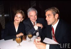 Actor George Clooney (R) w. parents Nina and Nick Clooney.  Location:New York, NY, US  Date taken:June 16, 1998  Photographer:Marion Curtis