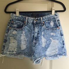 a1960e9c23b High waisted jean shorts Acid washed jeans shorts with rips Forever 21  Shorts Jean Shorts Acid