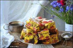 Prajitura cu visine - Culinar.ro Cake Recipes, Dessert Recipes, Romanian Food, Food Cakes, Sweet Desserts, Deserts, Muffin, Vegetarian, Breakfast