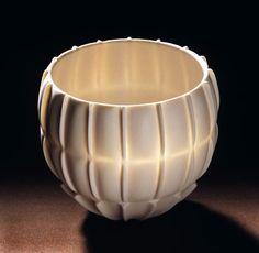 Cerámica de Rolf Bartz en Studiopottery.co.uk - 2006, Seashell estudian 002 Altura 12 cm.  Ancho de 12 cm.
