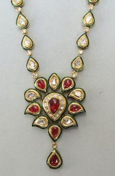 Vintage 20 K Gold Diamond Kundan Enamel Work Necklace Rajasthan India Antique Jewellery Designs, Jewelry Design, Art Nouveau Jewelry, Diamond Jewelry, Gold Jewelry, Jewelery, Gold Necklace, Baby Jewelry, India Jewelry