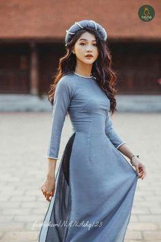 National costume of Vietnam. Vietnamese Traditional Dress, Vietnamese Dress, Traditional Dresses, Ao Dai Modern, Ao Dai Wedding, Wedding Blue, Wedding Dress, Asian Woman, Trends