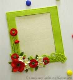 Could add magnets to e a fridge frame Felt Diy, Felt Crafts, Fabric Crafts, Diy And Crafts, Paper Crafts, Frame Crafts, Diy Frame, Felt Flowers, Paper Flowers