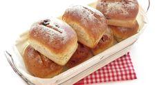 kıbrıs görevi yaptığımız yıllarda kıbrısın yerlisi olan bir arkadaşımdan öğrendiğim nefis bir ekmek çok lezzetli oluyor mutlaka tavsiy...