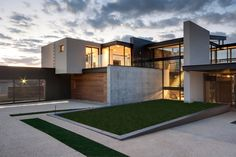 House Boz by Nico van der Meulen Architects 7 Mirroring Natures Everlasting Beauty: House Boz in South Africa
