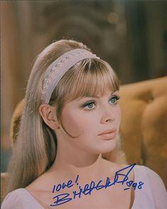 Vintage Makeup, Vintage Beauty, Classic Hollywood, Old Hollywood, Hair Inspo, Hair Inspiration, Britt Ekland, 1960s Hair, Mod Girl