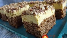 Lemon Cream Cake with Chopped Nuts Topping is among the best homemade cakes tested. Lemon Recipes, Donut Recipes, Sweets Recipes, Cake Recipes, Romanian Desserts, Romanian Food, Homemade Donuts, Homemade Cakes, Lemon Cream Cake