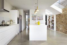 Rise Design Studio adds glass extension to London house House Extension Design, Glass Extension, Side Extension, Extension Ideas, Kitchen Diner Extension, Open Plan Kitchen, Architecture Design, Contemporary Architecture, White Kitchen Appliances