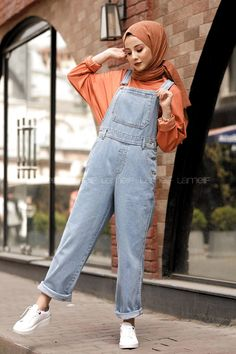 Hijab styles 614108099170194651 – Lamelif Açık Mavi Premium Tulum Source by e… - Hijab fashion Modest Fashion Hijab, Modern Hijab Fashion, Street Hijab Fashion, Hijab Fashion Inspiration, Hijab Chic, Muslim Fashion, Fashion Clothes, Fashion Outfits, Jumpsuit Hijab
