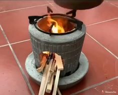 Diy Crafts To Do, Diy Crafts Hacks, Outdoor Projects, Diy Projects, Diy Home Cleaning, Cement Crafts, Rocket Stoves, Cool Inventions, Useful Life Hacks