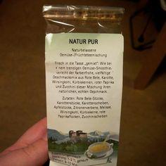 Letzte Woche in der #Cuppabox bekommen. Ist das noch #Tee oder schon #Gemüsebrühe ? XD  #tea #veggies #veggiestock #stock