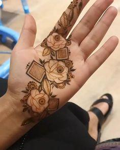 Modern Henna Designs, Floral Henna Designs, Henna Tattoo Designs Simple, Finger Henna Designs, Latest Bridal Mehndi Designs, Henna Art Designs, Modern Mehndi Designs, Mehndi Designs For Girls, Mehndi Designs For Beginners