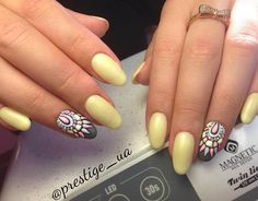 Abstract Gel Design by Anastasiya Ksendzuk! #gelpolish Yummy Yellow (103271) & Dark Slate (103047).