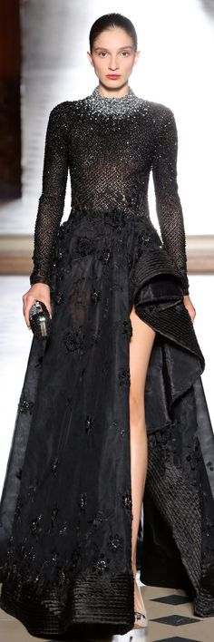Tony Ward Fall Winter 2017 Haute Couture Collection Couture Fashion, Runway Fashion, High Fashion, Elie Saab, Belle Silhouette, Glamour, Fashion Tips For Women, Looks Style, Couture Collection