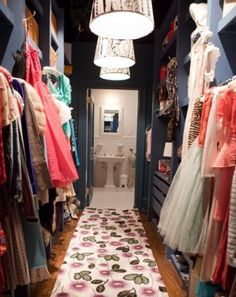 SATC walk in closet